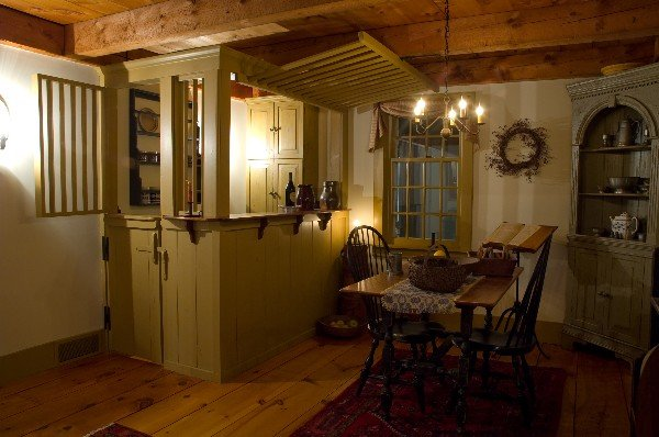 Custom Colonial Home Reproductions